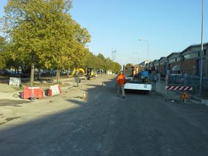 Marciapiede urbano asfalto Bellesia scavi