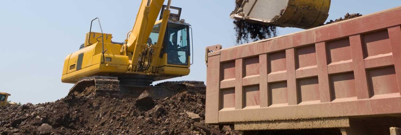 movimentazione terreni e scavi con ruspa Bellesia scavi