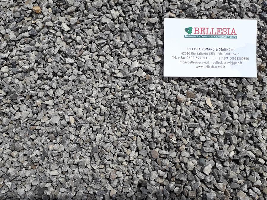 Spaccato 3/6 - stoccaggio, recupero e vendita materiali inerti - Bellesia scavi